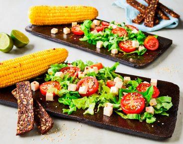 Grøn salat med frisk majs