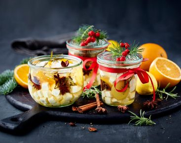 Råsyltet salatost med rosmarin og julekrydderier II